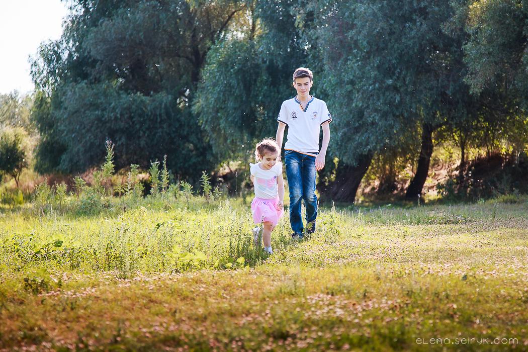 Детская и семейная летняя фотосессия в Измаил. Фотограф Елена Сейрик.