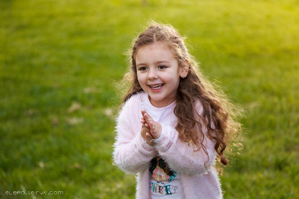 Детская осенняя фотосессия в Измаил. Фотограф Елена Сейрик.